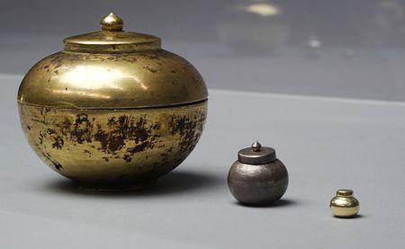 最古級 金銀銅の舎利容器